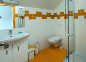 pokoj č.9,koupelna